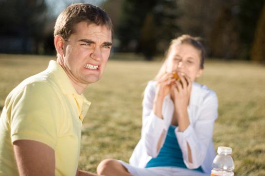 Come rovinare il primo appuntamento: ecco gli errori che molti uomini commettono