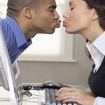 Sedurre online conviene? : Guida al nuovo internet dating