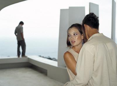 Donne che tradiscono il proprio partner