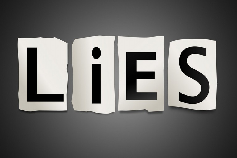 Come capire se il tuo fidanzatato ti sta mentendo